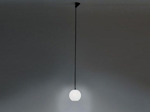 Direct light halogen pendant lamp AGGREGATO SFERA by Artemide