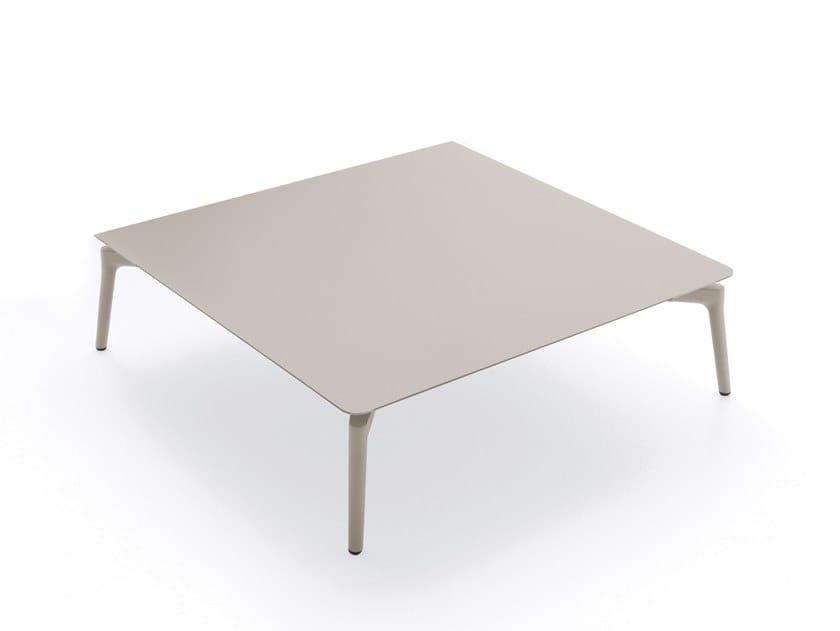 Low aluminium garden side table AIKANA | Coffee table by FAST