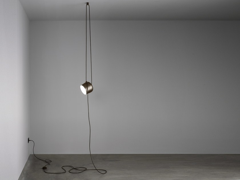 LED direct light pendant lamp AIM CABLE-PLUG by Flos
