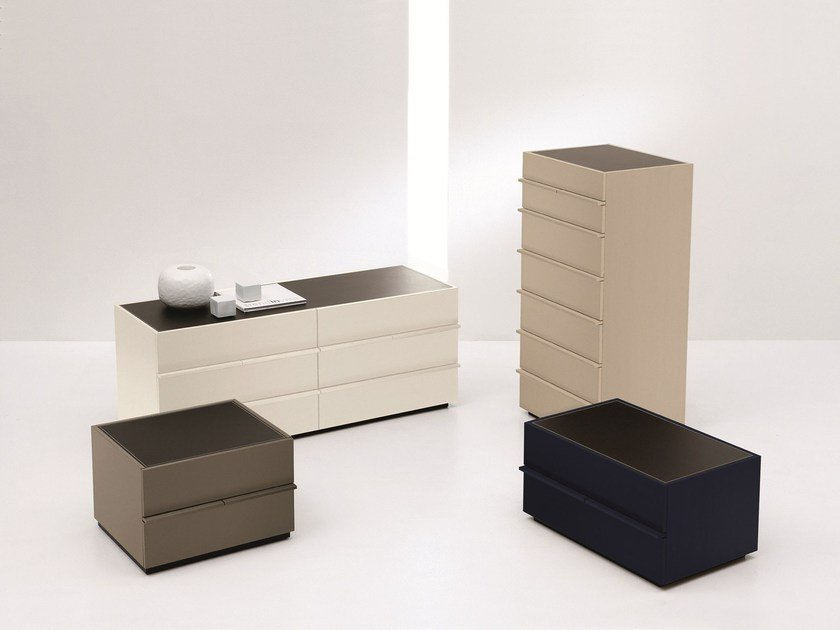 Lacquered chest of drawers AKI by EmmeBi