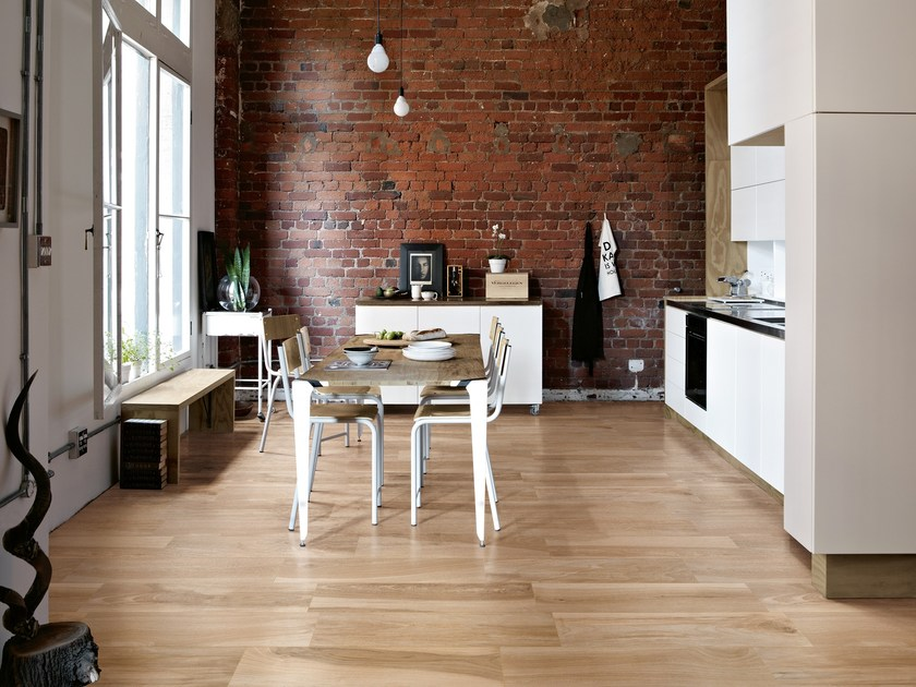Porcelain stoneware wall/floor tiles with wood effect AKS BLOND by CERAMICA FONDOVALLE