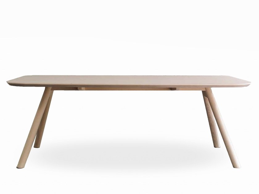 Rectangular dining table AKY | Rectangular table by TrabA'