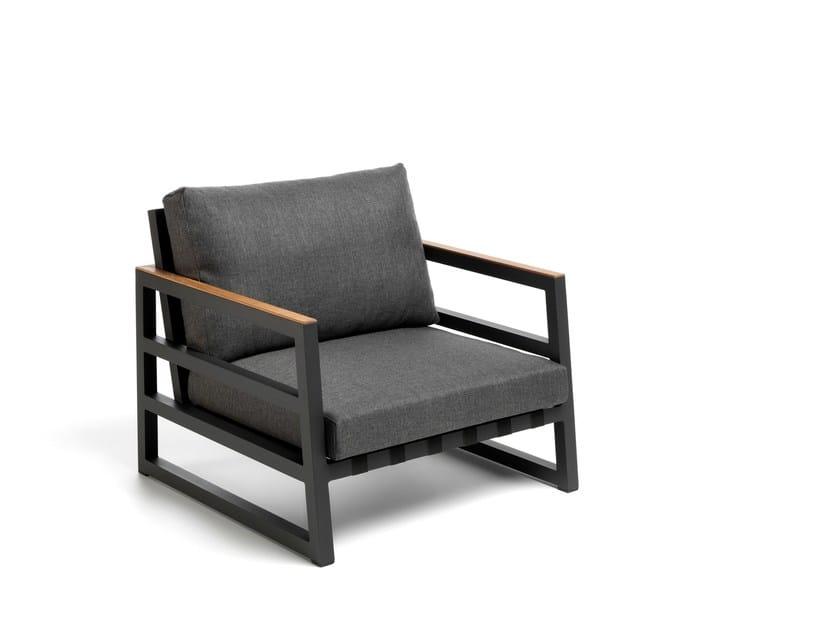 Sled Base Fabric Outdoor Fireside Chair ALABAMA ALU   Garden Armchair By  Talenti