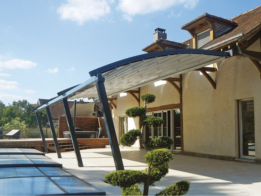 Motorized aluminium and PVC pergola with sliding cover ALASKA by Sprech
