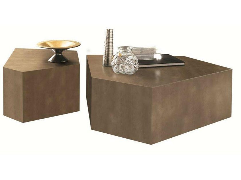 Low MDF coffee table with casters ALDO by Casamilano