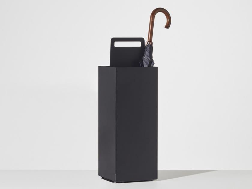 Portaombrelli da terra in alluminio ALFRED by DesignByThem