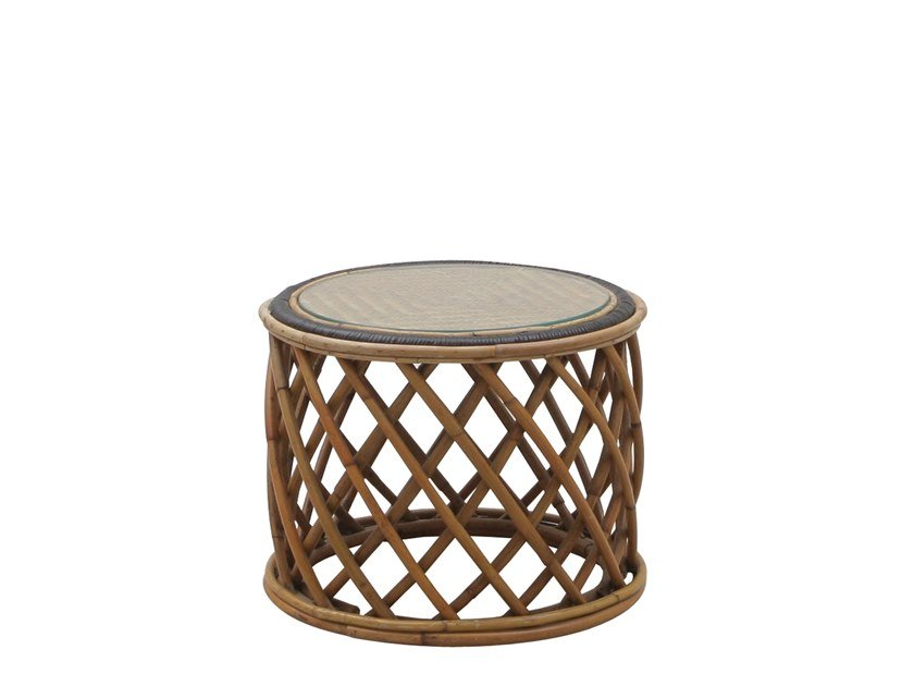 Round rattan coffee table ALICE | Garden side table by Il Giardino di Legno