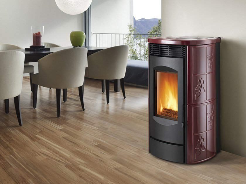 Wood-burning Class A wall-mounted faïence stove ALPINA XW | Wood-burning stove by CAMINETTI MONTEGRAPPA