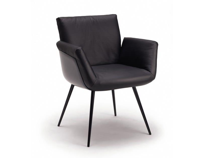 Chaise avec accoudoirs ALVO | Chaise avec accoudoirs by COR