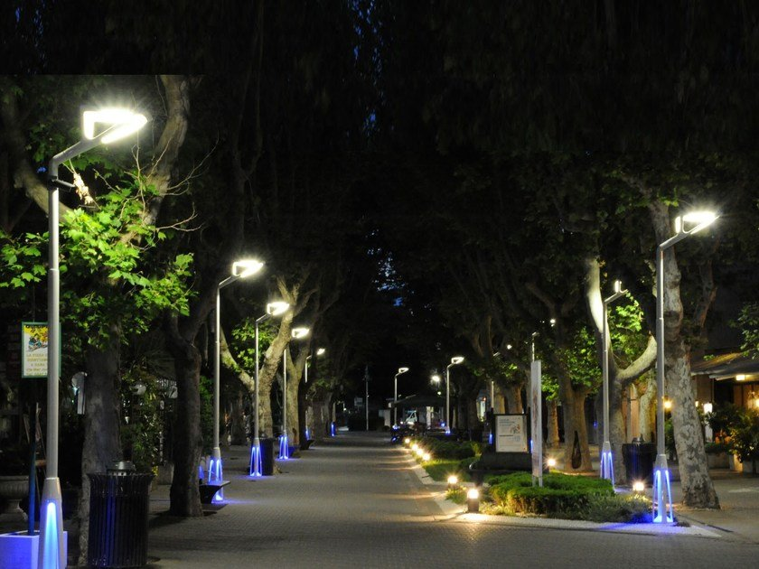 Plafoniere Per Lampioni Stradali : Lampione stradale a led alya neri