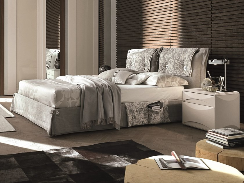 Upholstered fabric double bed AMAMI by Gruppo Tomasella