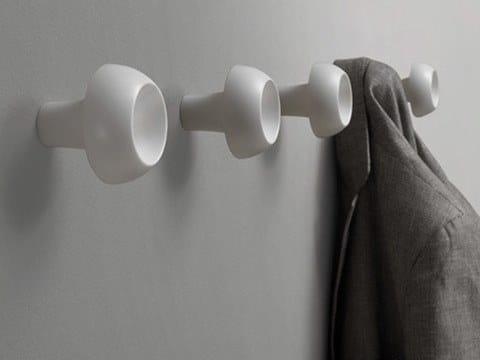 Gancio a parete in tecnopolimero AMANITA by Caimi Brevetti