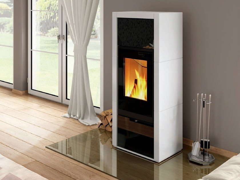 Wood-burning stove AMBIENTE A6 by SPARTHERM