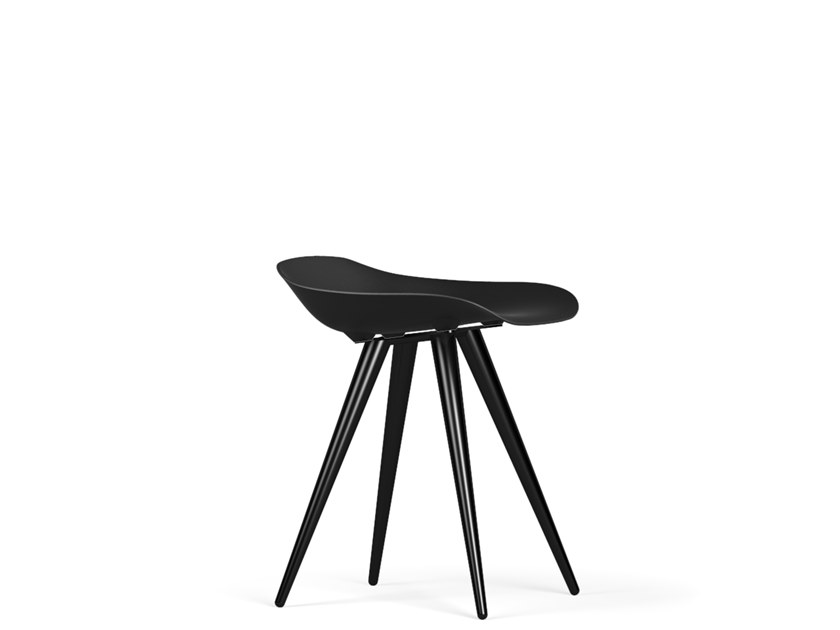 Polypropylene stool ANGEL CONTRACT V9 | Stool by KUBIKOFF