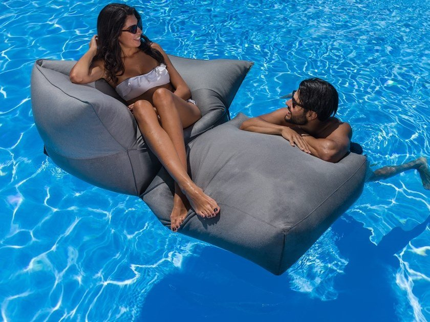 Floating chair APOLLO 11! by Arketicom Design