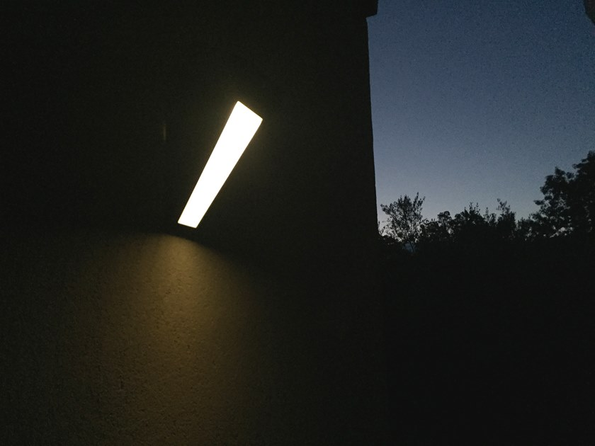 APS 020 | Applique per esterno ad energia solare