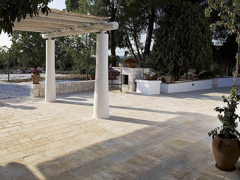Stone flooring APULIA STONE CORSI MISTI by Lithos Mosaico Italia