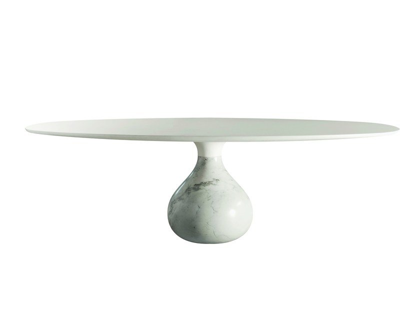 Oval dining table AQUA | Oval table by ROCHE BOBOIS