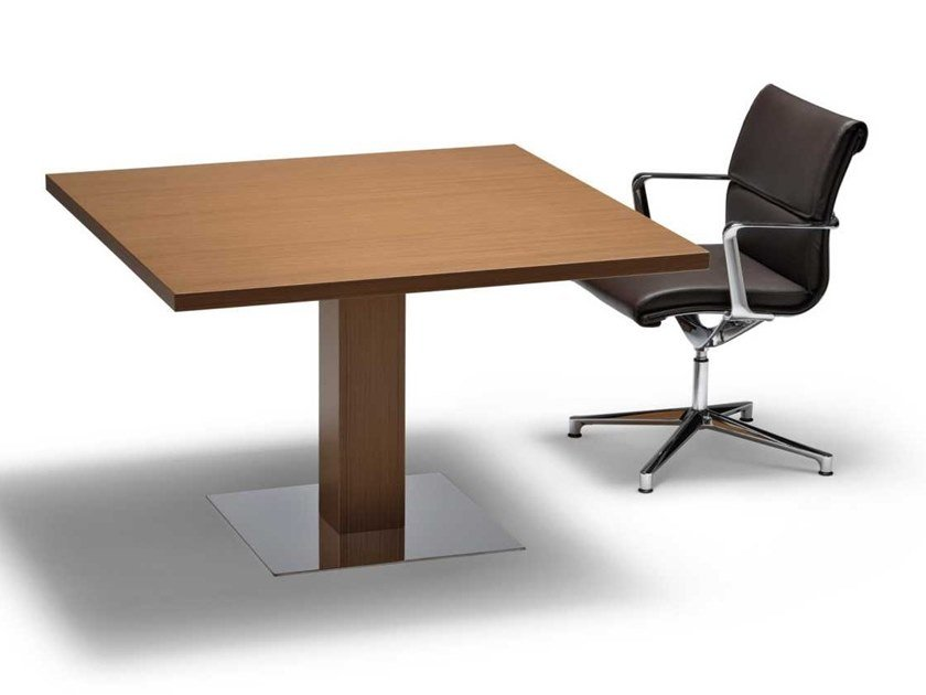Square walnut meeting table ARCHE | Square meeting table by Bralco