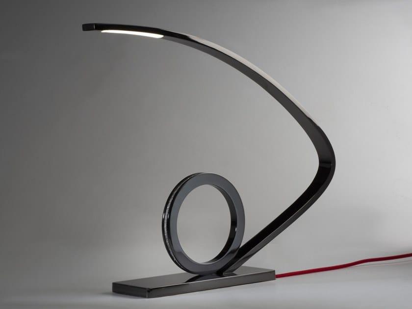 Lampada da tavolo a LED a luce diretta in metallo ARCO by Pasut Design