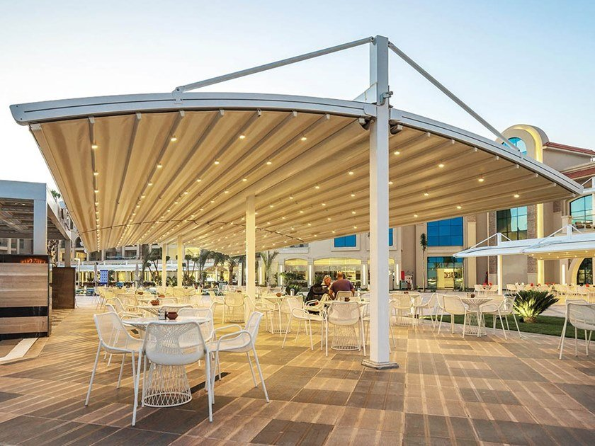 Freestanding aluminium and PVC pergola with sliding cover ARCOREL by Sprech