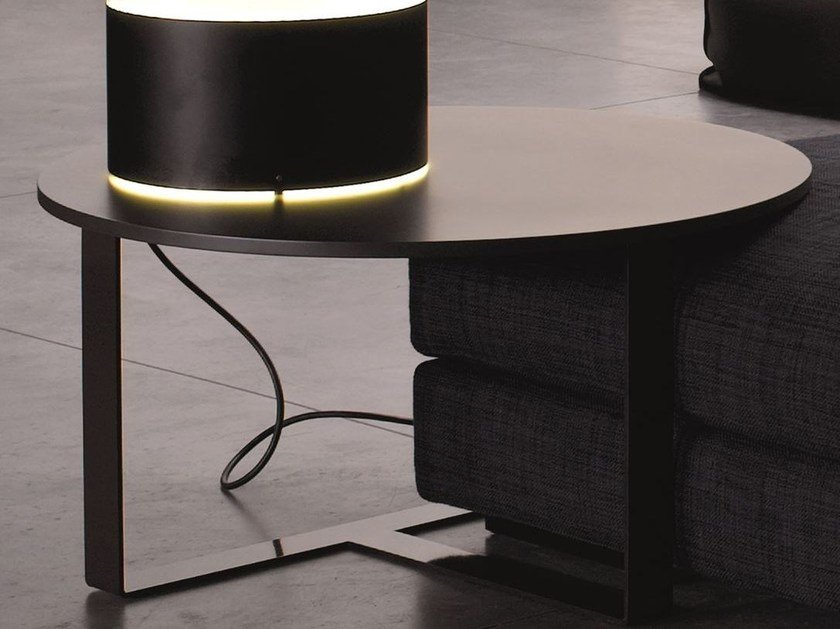 Low lacquered round coffee table ARGO by Verzelloni