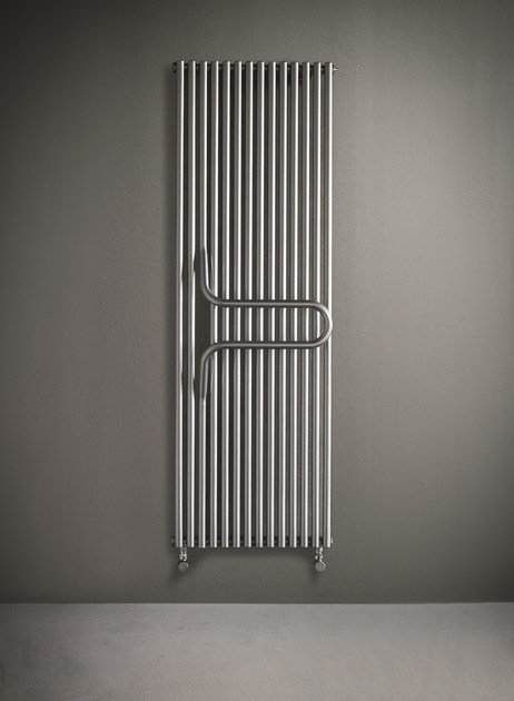 Hot-water vertical decorative radiator ARKOS by Tubes Radiatori