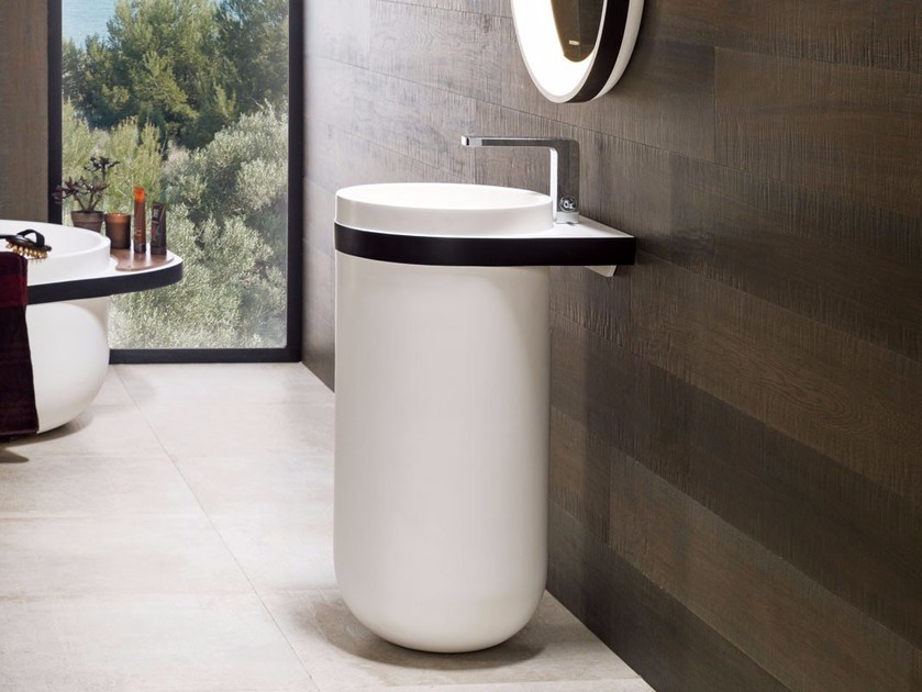 Round pedestal Krion® washbasin ARO | Pedestal washbasin by Systempool