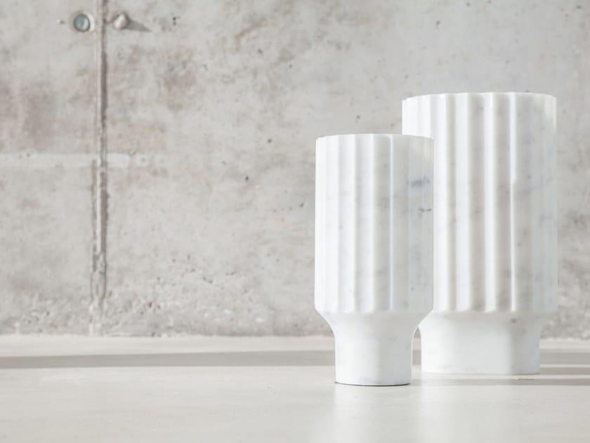 Carrara marble vase ARROKA by Versant Edition