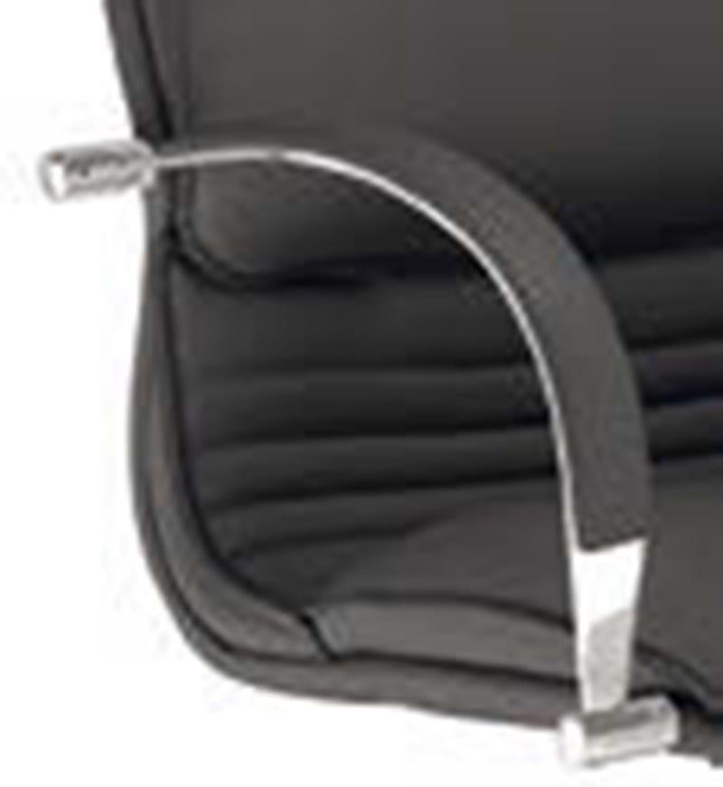 ARTU Poltrona ufficio direzionale con schienale medio - Particolare braccioli in acciaio cromato con rivestimento asportabile in pelle