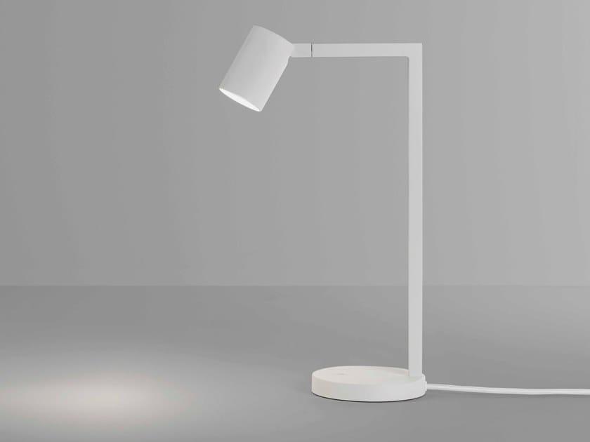Lampada da scrivania a LED orientabile in acciaio ASCOLI   Lampada da scrivania by Astro Lighting