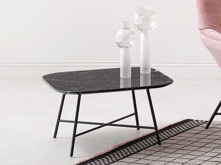 Square metal coffee table ASIA | Coffee table by Paola Zani