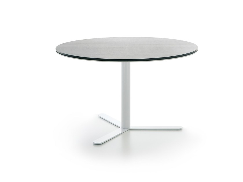 Living room table ASPA by Viccarbe