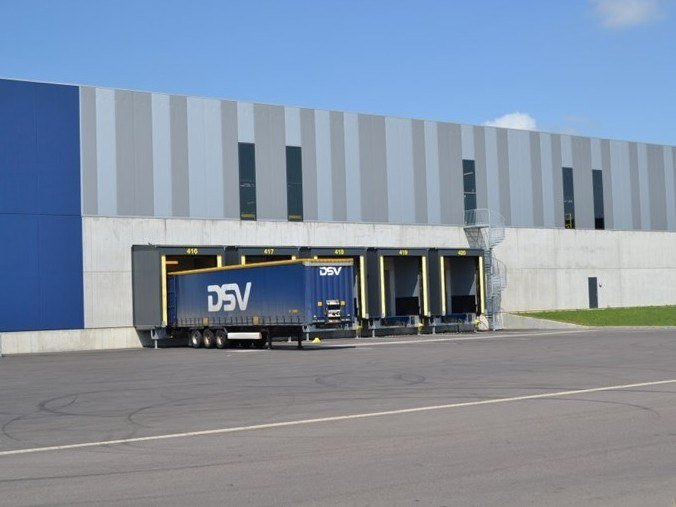 Loading dock ASSA ABLOY LOADHOUSE by ASSA ABLOY