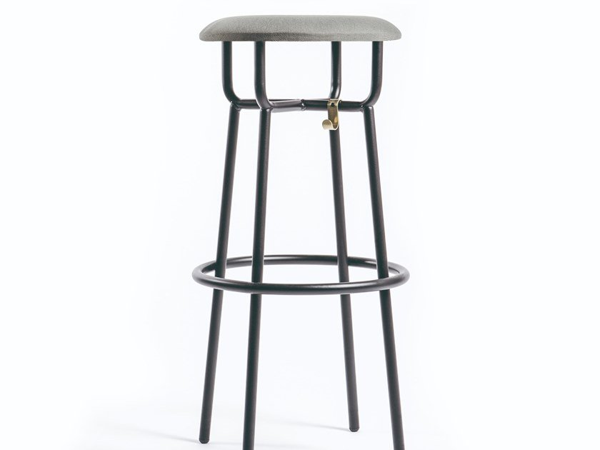 High stool with integrated cushion ASSAS by Manganèse Éditions