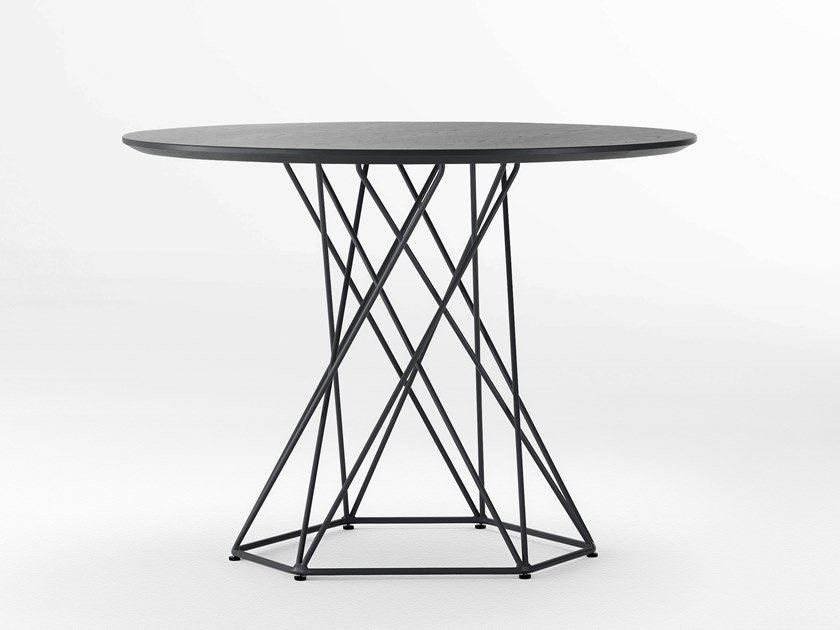 Round high table ASYMMETRY | High table by Ross Gardam