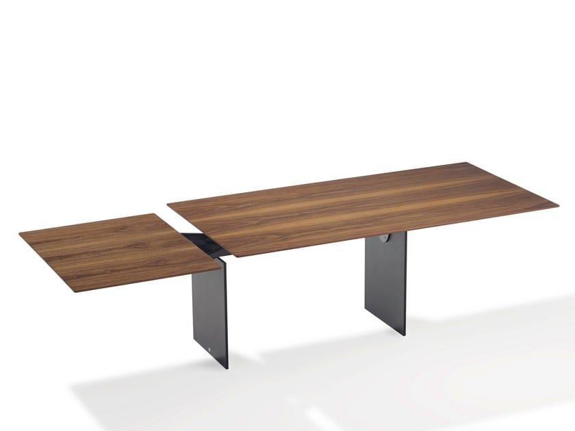 Extending walnut dining table ATLAS | Walnut table by Draenert