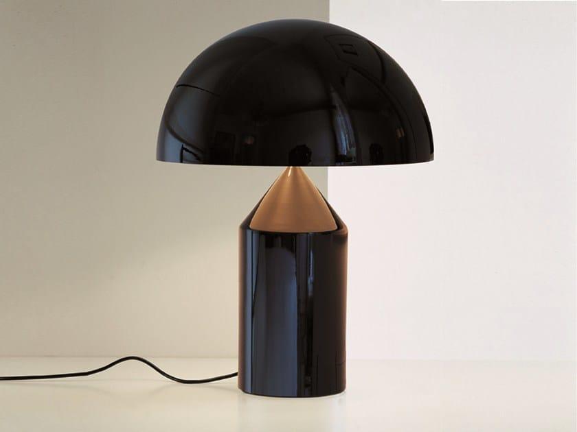 Lámpara de mesa de aluminio con luz directa ATOLLO - 233/238/239 | Lámpara de mesa by Oluce
