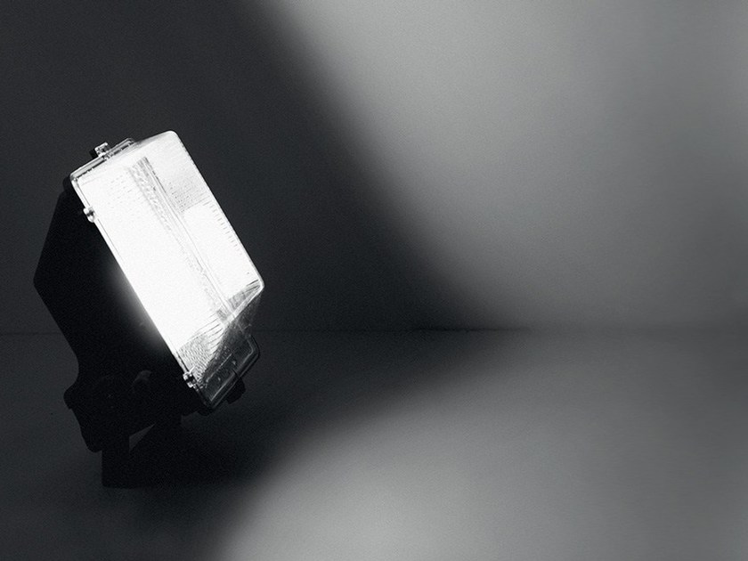 Outdoor floodlight ATOMIC by LANZINI