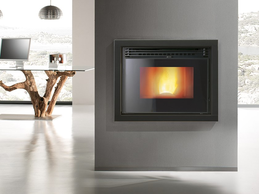 Pellet Class A+ metal Fireplace insert ATOMO 2.0 by CAMINETTI MONTEGRAPPA