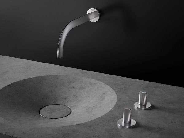 Rubinetto per lavabo a muro con rosette separate ATRIO ICON 3D | Rubinetto per lavabo a muro by Grohe