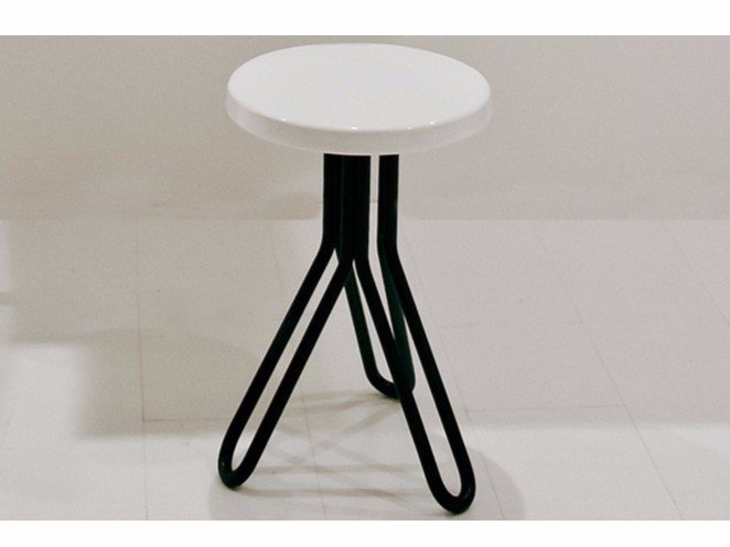 Ceramic stool / coffee table ATTACH | Round coffee table by GSG Ceramic Design
