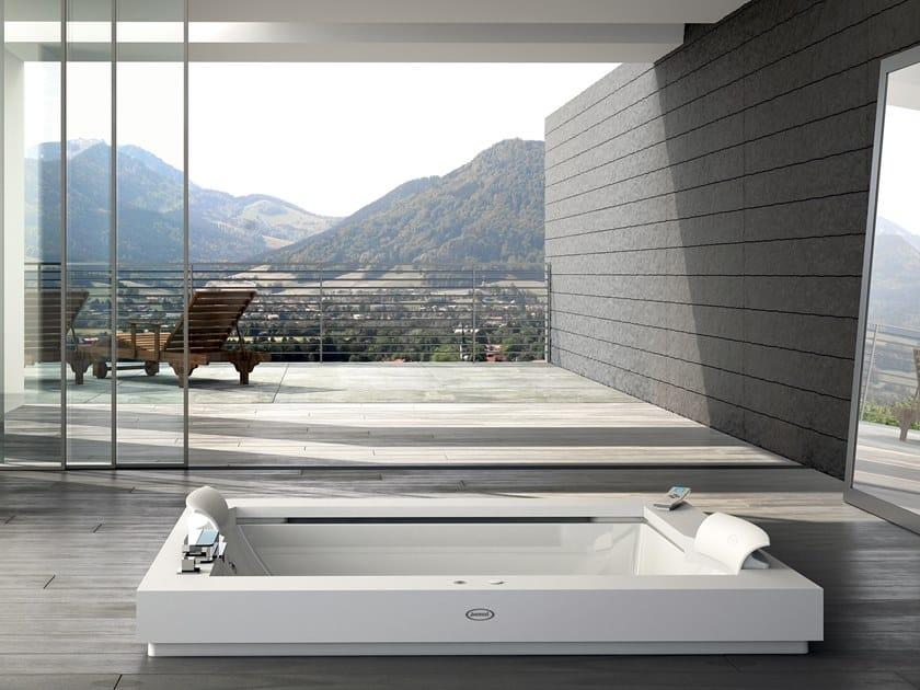 Bañera de hidromasaje encastrable de Corian® AURA PLUS CORIAN® by Jacuzzi®