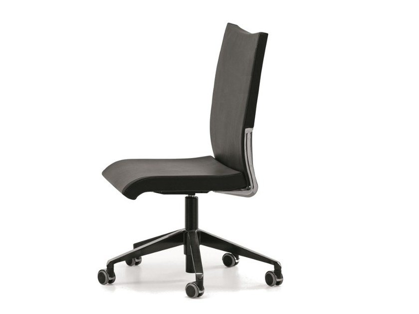 Ergonomic leather task chair with 5-Spoke base with casters AVIA 4200 by TALIN