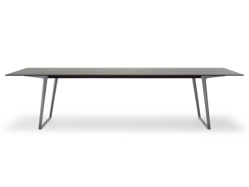 Rectangular stone garden table AXY | Garden table by MDF Italia