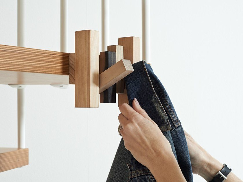 Staircase coat rack TRUL - Y by Fontanot