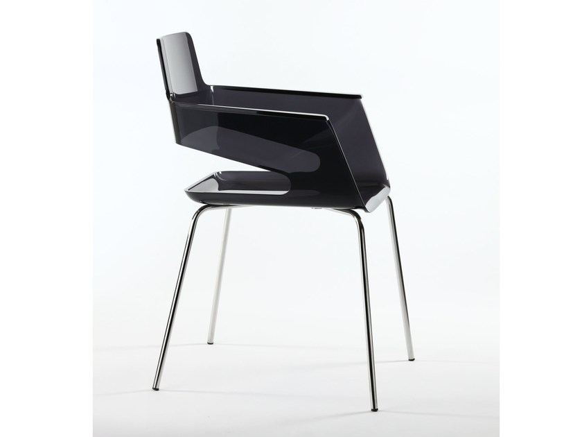Polycarbonate chair with armrests B32 4L | Polycarbonate chair by arrmet