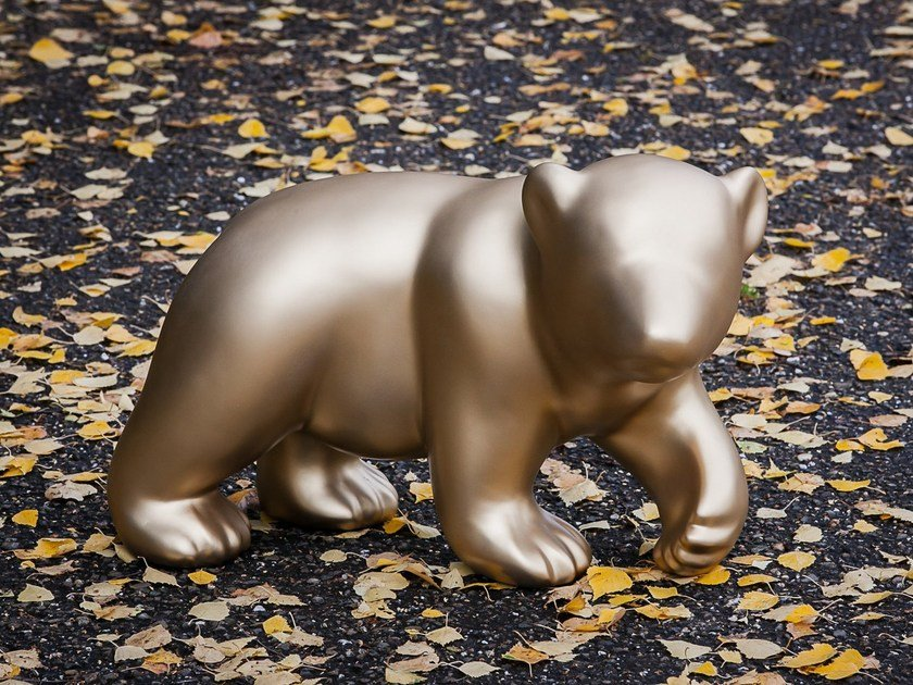 Glass-fibre sculpture BABY BEAR by axis71