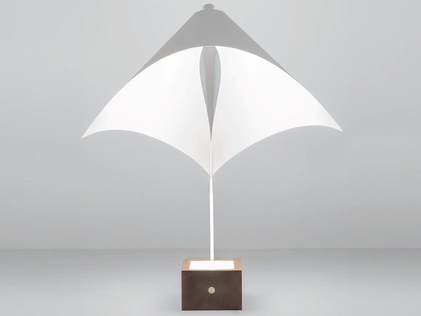 Lampada da tavolo a LED in acciaio e legno BADESSA by Firmamento Milano