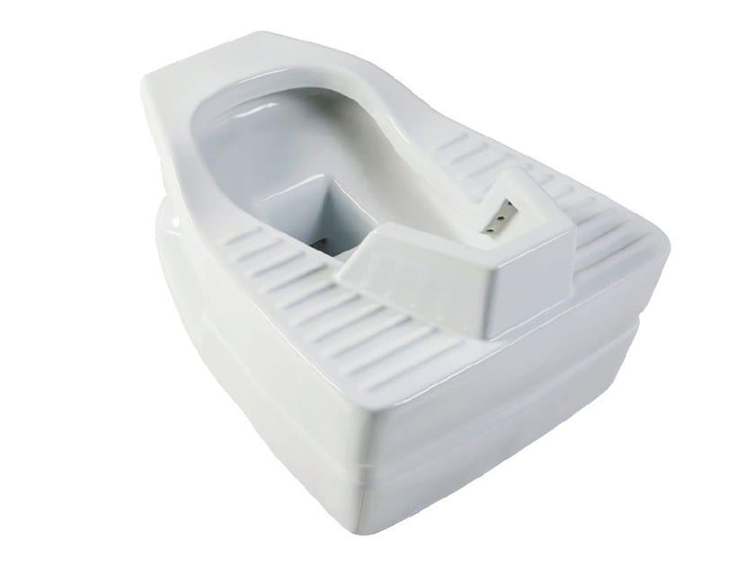 Bagnocucciolo® standard wc pubblico alla turca by ponte giulio